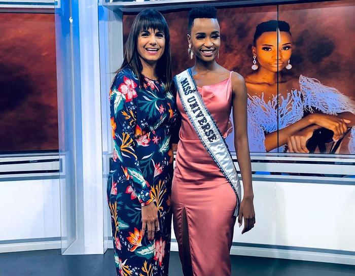 Mặc bikini trắng, Miss Universe 2019 như ngọc đen đẹp sững sờ, fan choáng váng với body ảnh 9