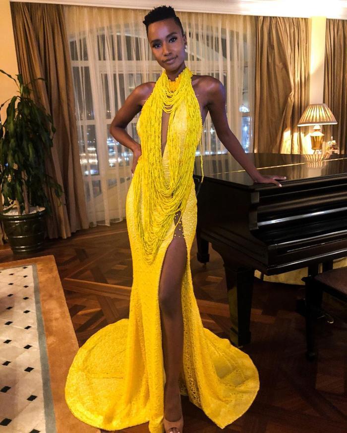 Mặc bikini trắng, Miss Universe 2019 như ngọc đen đẹp sững sờ, fan choáng váng với body ảnh 6