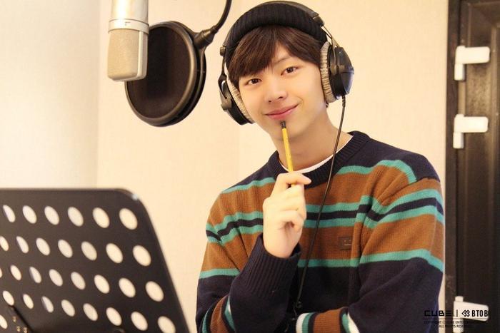 Vừa kết thúc dự án âm nhạc, Yook Sungjae (BTOB) lại rục rịch chuẩn bị phát hành album solo mới ảnh 0