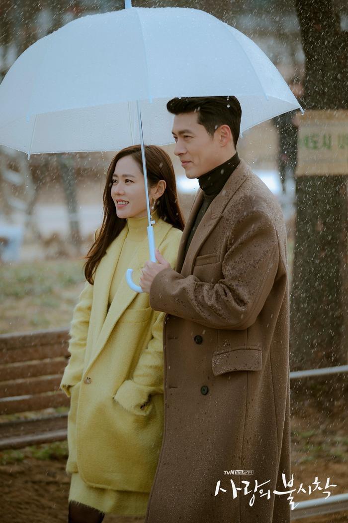 Phim giả tình thật, Son Ye Jin  Hyun Bin như chụp ảnh cưới ở cuối phim Hạ cánh nơi anh ảnh 2