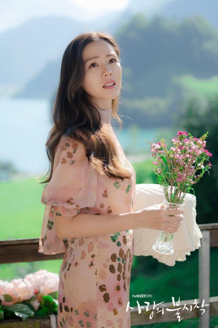 Phim giả tình thật, Son Ye Jin  Hyun Bin như chụp ảnh cưới ở cuối phim Hạ cánh nơi anh ảnh 16