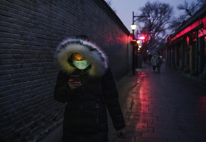 Alipay cho biết đang phối hợp với chính phủ Trung Quốc để có thể áp dụng hệ thống mã màu điện thoại này trên toàn quốc. (Ảnh: Kevin Frayer/Getty Images)