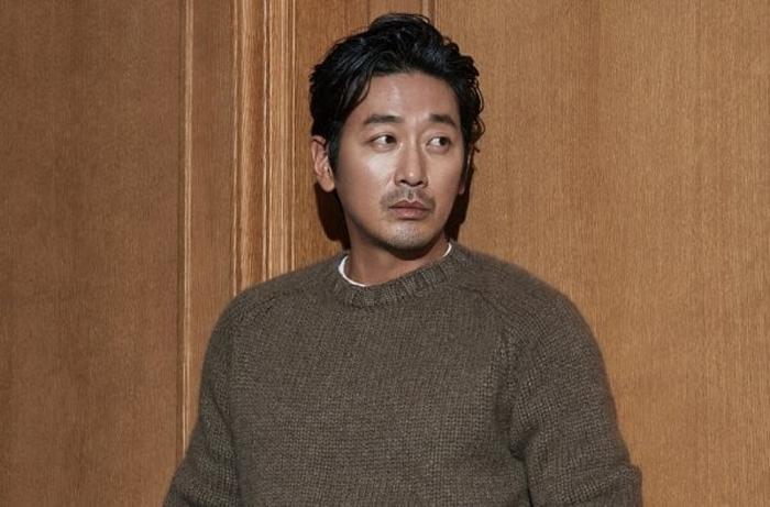 Sao Thử thách thần chết Ha Jung Woo bị cảnh sát điều tra vì sử dụng chất nghiện propofol ảnh 4