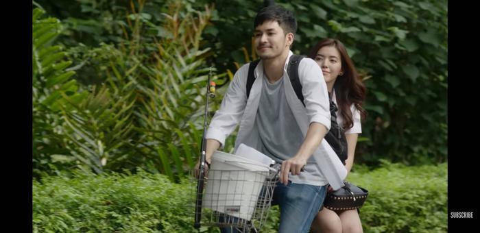 Trúc Anh (The Face) hóa siêu sao, yêu anh bảo vệ trong Girl Next Room  Series phim hot tháng 3 của GMM25 Thái Lan ảnh 7