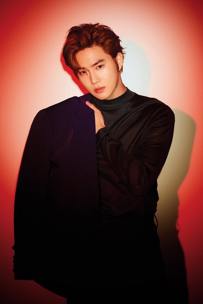 SM Entertainment xác nhận trưởng nhóm EXO - Suho debut solo vào tháng 3