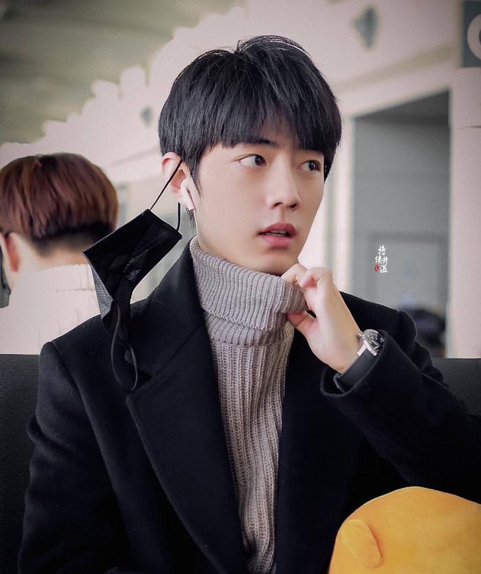 Top 10 nam diễn viên Cbiz nổi tiếng tuần 2 tháng 2: Bộ đôi Tiêu Chiến  Vương Nhất Bác dẫn đầu, Lý Hiện theo sau ảnh 9