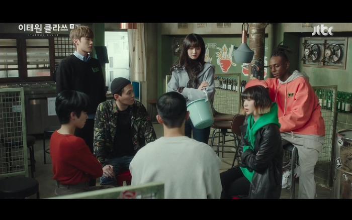 Itaewon Class tập 7: Kim Da Mi và Park Seo Joon qua đêm cùng nhau, tình cảm bùng nổ? ảnh 44
