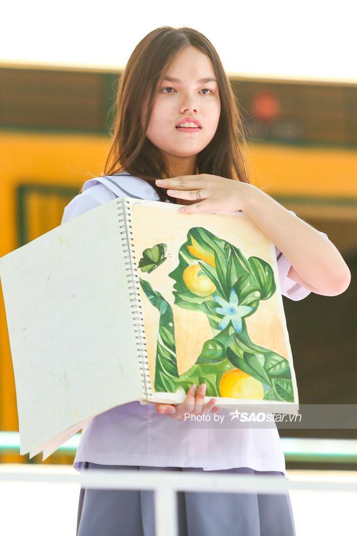 Cô bé có năng khiếu vẽ được thầy cô khuyến khích học kiến trúc…