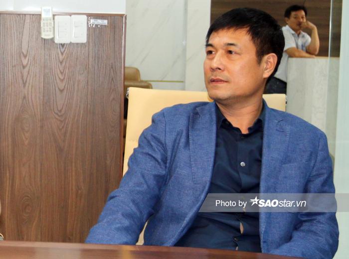 Chủ tịch Nguyễn Hữu Thắng không đồng ý với VPF vì dịch Covid-19 đang căng thẳng.