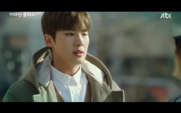 Yi Seo tiết lộ bí mật cho Geun Soo.