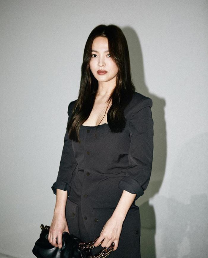 Song Hye Kyo đẹp xuất sắc tại sự kiện nước ngoài, báo Hàn và Knet phản ứng ra sao? ảnh 1