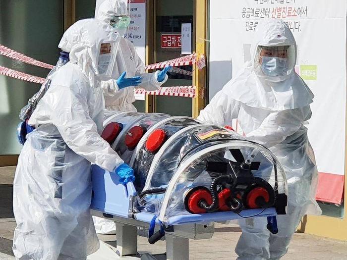 Có những lo ngại rằng dịch do virus corona sẽ làm chao đảo nền y tế Hàn Quốc.