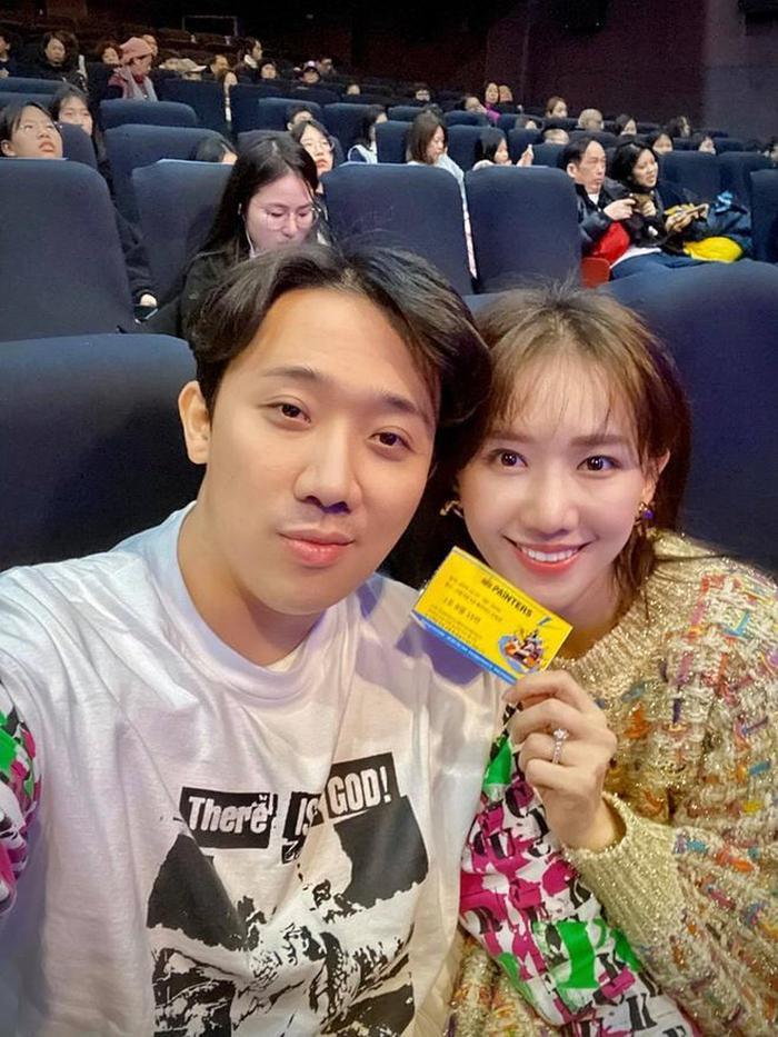 Cùng làm nghệ thuật và cùng dắt tay nhau đi khắp thế giới thưởng thức nghệ thuật, Trấn Thành  Hari Won còn gì hạnh phúc hơn như thế! ảnh 4