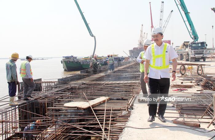 Bầu Thắng khát khao tạo nên sự đổi mới cho vùng quê nghèo bị ngập mặn ở Long An nên quyết tâm thực hiện thật tốt dự án Cảng Quốc tế Long An.