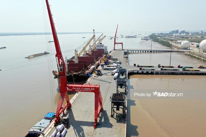 Cảng Quốc tế Long An đang trong quá trình hoàn thiện.