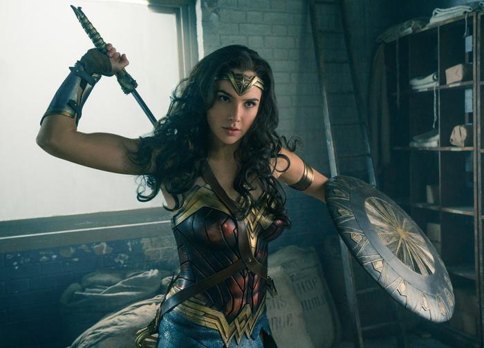 Hé lộ âm mưu kinh hoàng của phản diện Maxwell Lord trong Wonder Woman 2: 1984 ảnh 0