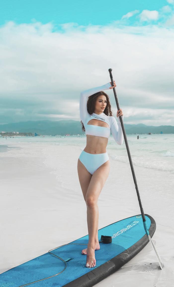 Miss Earth Phương Khánh diện bikini nóng bỏng, tự tin khoe thân hình đồng hồ cát tại Philippines ảnh 3 Miss Earth Phương Khánh diện bikini nóng bỏng, tự tin khoe thân hình đồng hồ cát