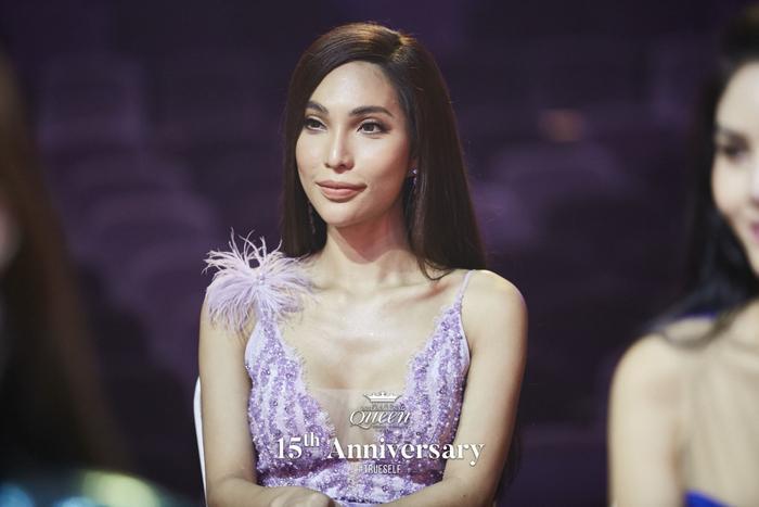 Thí sinh đại diện Thụy Điển gốc Việt – Vicky Trần.