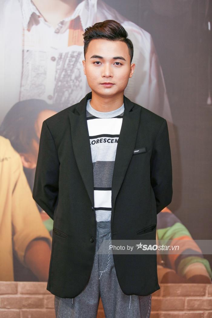 Clip hot: HuyR lần đầu chia sẻ về vị trí sắp xếp producer đặt trước ca sĩ, gửi lời tới anti-fan của K-ICM ảnh 4