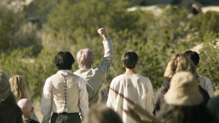 MV ON thứ 2 của BTS tiếp tục xô đổ hàng loạt kỷ lục, cán mốc 30 triệu lượt xem chưa đầy 12 tiếng