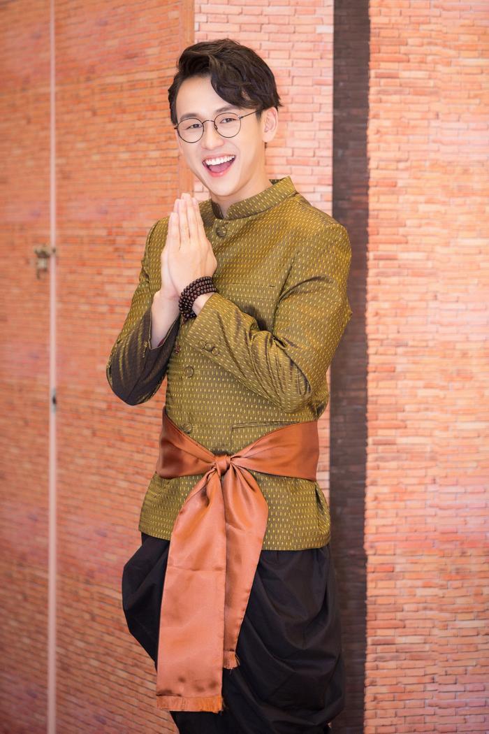 MC Quang Bảo công khai bạn gái: Doanh nhân thành đạt, điều hành chuỗi khách sạn cao cấp ảnh 8
