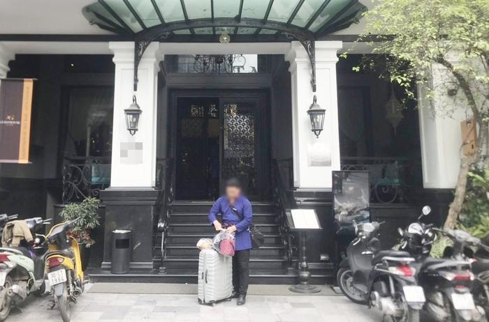 Có khách sạn cho nhân viên nghỉ để cắt giảm chi tiêu.