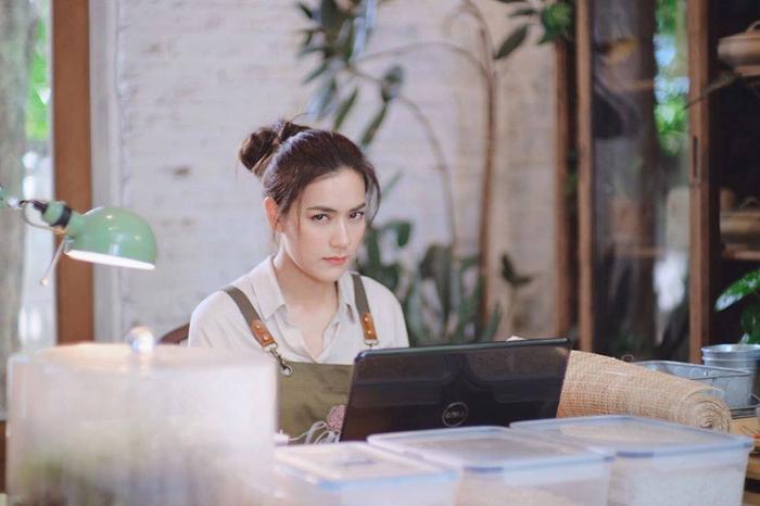 'Song Sanaeha - Hai thế giới' dự kiến phát sóng vào giữa năm 2020, đồng phát sóng cả ở Thái lan và Trung Quốc
