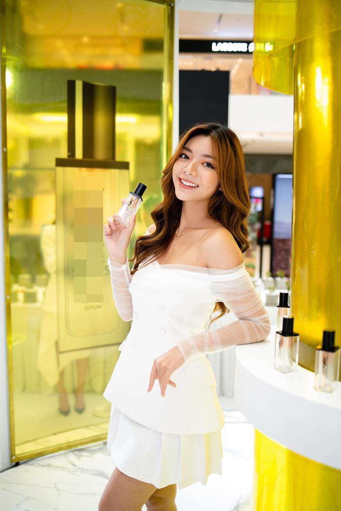 Jolie Nguyễn chia sẻ bí quyết chăm sóc da giữa mùa dịch viêm phổi Corona ảnh 7