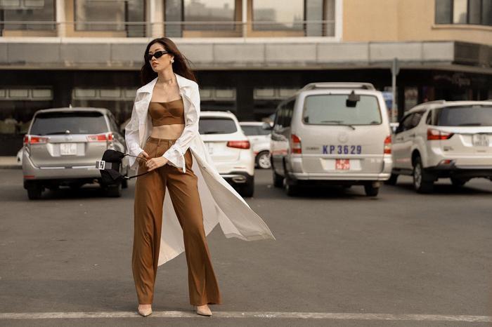 Hoa hậu Chuyển giới 2007 viết tiếng Việt tỏ tình với Hương Giang: Bạn là thần tượng của tôi ảnh 12