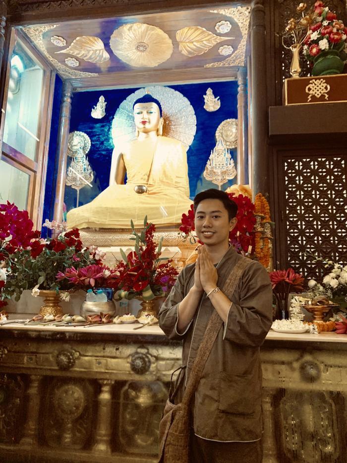Chàng trai Việt 24 tuổi nặng tình trên đất Phật, ngày ngày nấu 300 suất cơm làm từ thiện ảnh 4