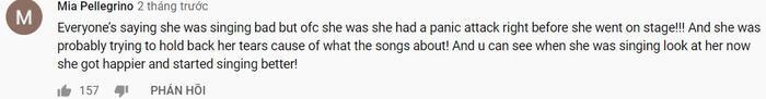 Theo nhiều nguồn tin cho hay thì trước khi bước lên sân khấu trình diễn, Selena đã phải hứng chịu cơn hoảng loạn tấn công và suýt phải hủy bỏ tiết mục của mình. Nhiều người cho rằng đây chính là lý do dẫn đến sự cố hát lệch tông của nàng Gomez.