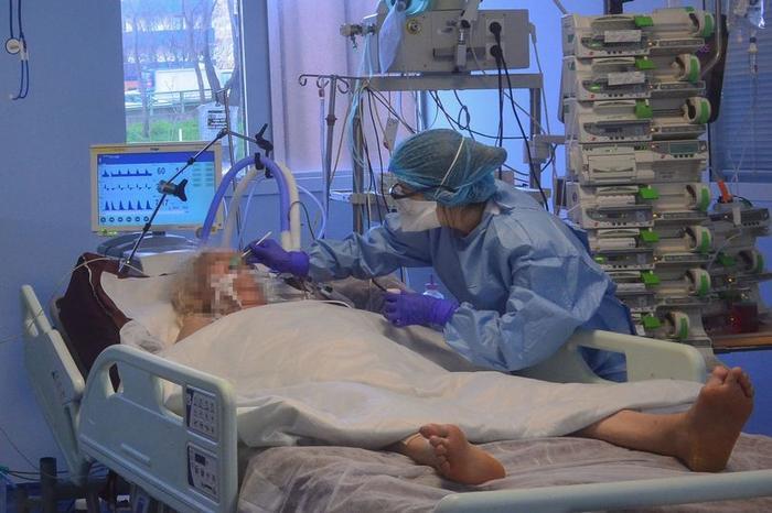 Giây phút nghẹn ngào trước khi bệnh nhân ra đi.