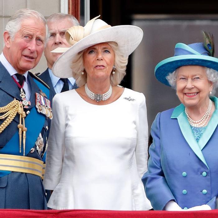 Anh bùng dịch nCoV, Harry và Meghan được tha thứ khi không đưa hoàng tử bé về Hoàng gia ảnh 1