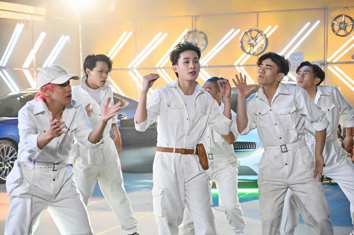 'Crush một thời' của Jack - Misthy phấn khích reaction MV 'Là 1 thằng con trai': 'Đẹp trai dữ ta, nhìn như Hàn Quốc'
