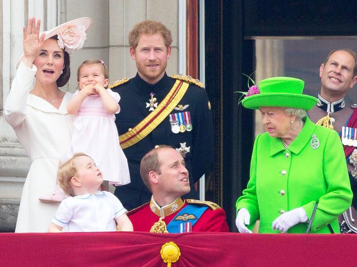 Mối quan hệ của anh em Hoàng tử William rạn nứt thê thảm sau chuyến 'hồi hương' của vợ chồng Harry ảnh 3