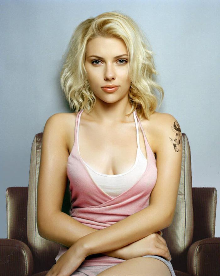 Đến khi trưởng thành, Scarlett Johansson luôn nằm trong danh sách những mỹ nhân hấp dẫn nhất hành tinh