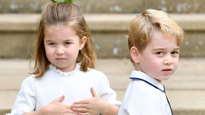 Covid 19 bùng nổ ở Anh, Hoàng tử George và Công chúa Charlotte phải học trực tuyến ảnh 0
