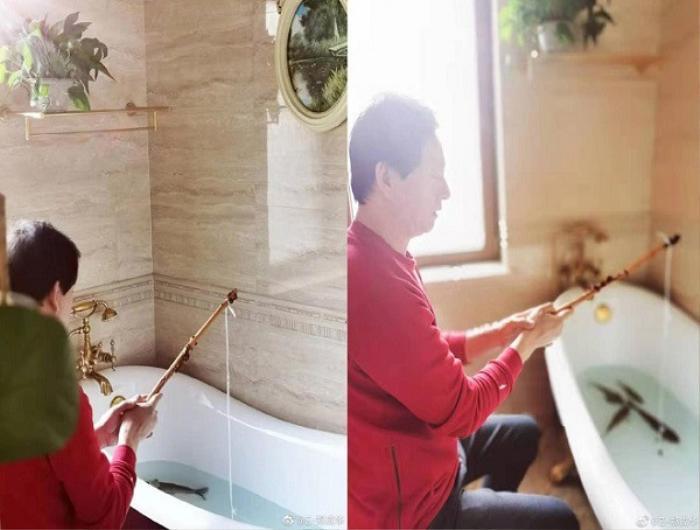 Hay dịch vụ câu cá tại nhà bằng bồn tắm.