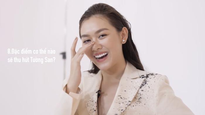 Chủ tịch Hoa hậu Hòa bình Quốc tế  Nawat thả tim ảnh Hoàng Thùy diện váy thi Miss Universe 2019 ảnh 5