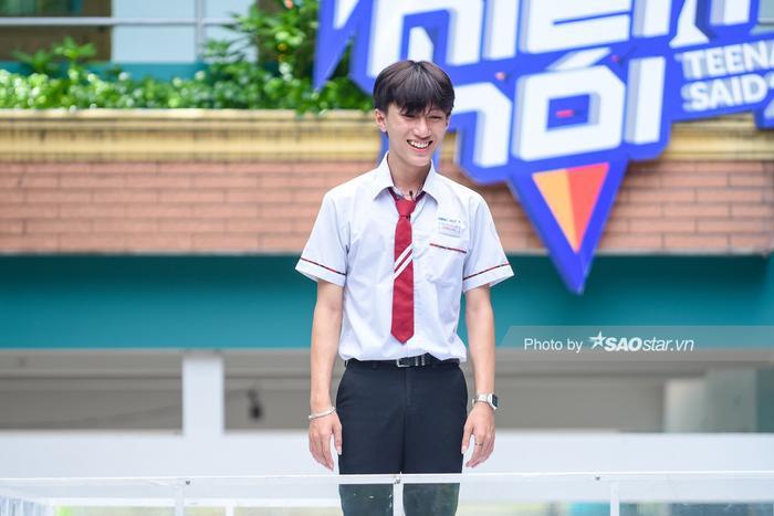 Khả Ngân 'cười ngất' vì màn bóc phốt hội anh em cây khế của chàng hot boy rapper Minh Huy ảnh 3