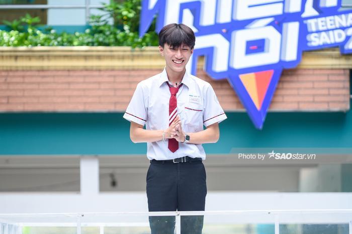 Lê Minh Huy, học sinh lớp 11A5 trường THCS – THPT Tư thục Hồng Đức.
