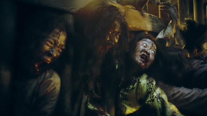 Nếu phải cách ly 2 tuần, đây là 14 tựa phim về bệnh dịch  zombie để bạn thử thách độ can đảm (Phần 2) ảnh 17