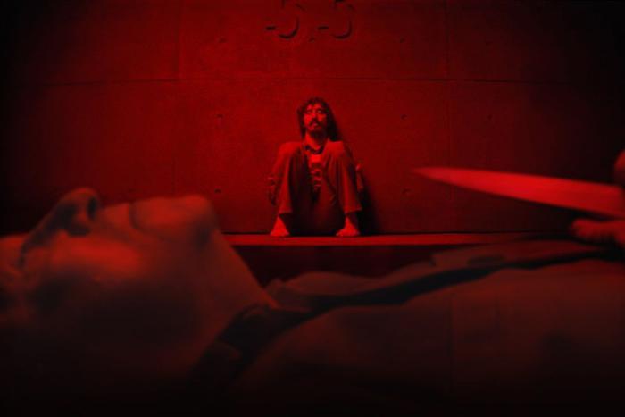 3 lý do để xem phim The Platform'  một phiên bản tối tăm và tàn bạo hơn 'Ký sinh trùng' gấp nhiều lần ảnh 6