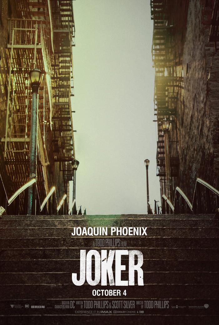 Joker cũng dẹp chuyện nhảy nhót sang 1 bên ở nhà nhà tránh dịch