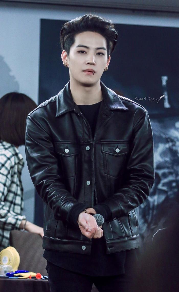 15 idol Kpop sở hữu bờ vai rộng như Thái Bình Dương khiến triệu fan xao xuyến ảnh 7