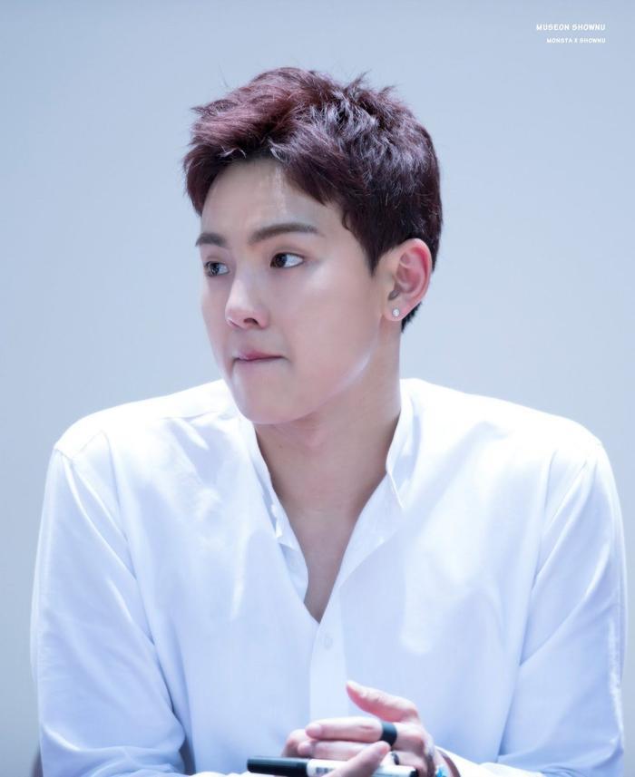 15 idol Kpop sở hữu bờ vai rộng như Thái Bình Dương khiến triệu fan xao xuyến ảnh 9