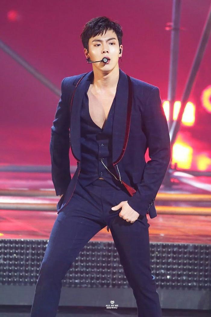15 idol Kpop sở hữu bờ vai rộng như Thái Bình Dương khiến triệu fan xao xuyến ảnh 10