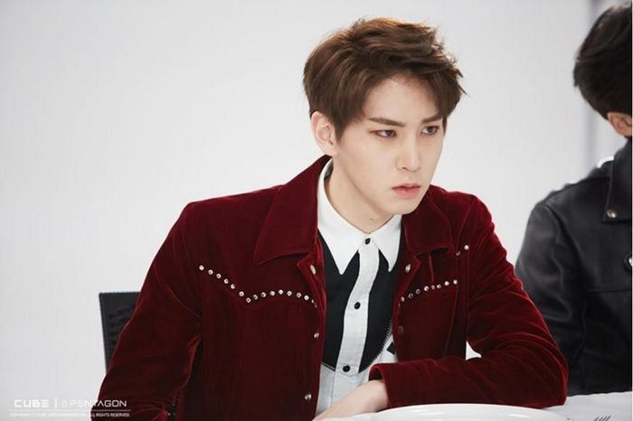 15 idol Kpop sở hữu bờ vai rộng như Thái Bình Dương khiến triệu fan xao xuyến ảnh 36