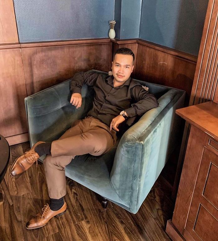"""Ở tuổi 27, Anh Phương vẫn đang là một chàng trai độc thân vui tính với ngoại hình bảnh bao, phong thái trưởng thành, chững chạc được nhiều chị em """"săn đón""""."""
