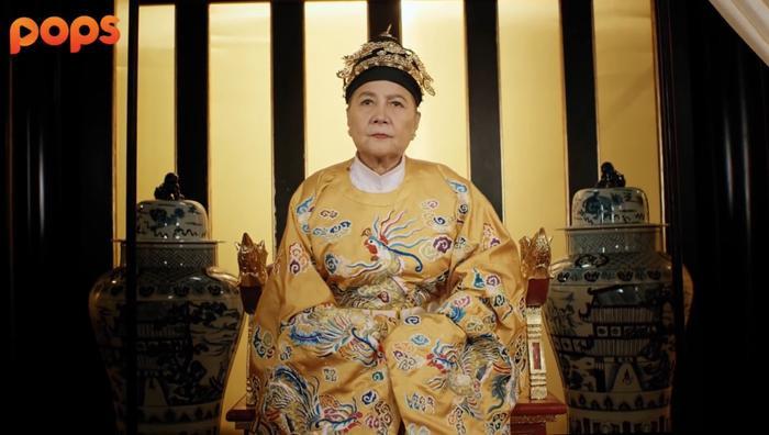 Nhân Tuyên chính thức lên ngôi Thái Hoàng thái hậu.